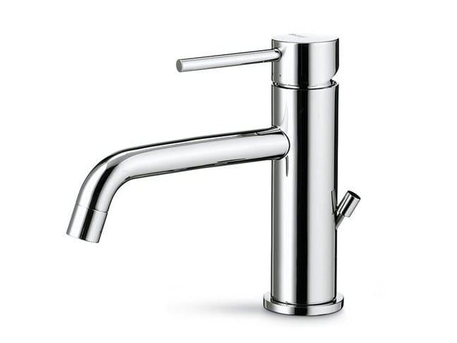 Countertop single handle washbasin mixer XT | Countertop washbasin mixer by newform