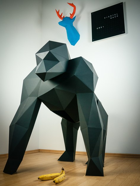 Paper sculpture XXL GORILLA by Papertrophy