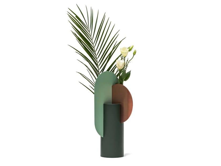 Metal vase YERMILOV by NOOM