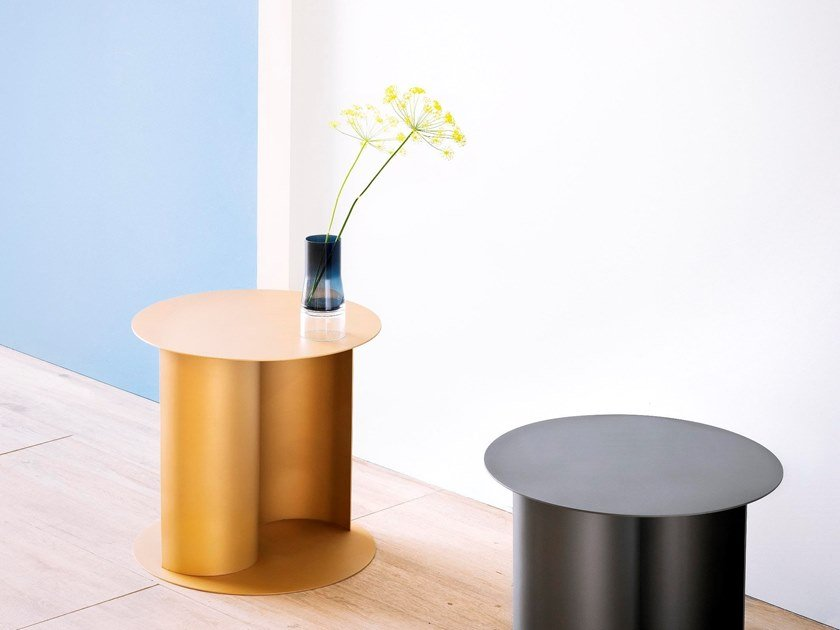 Coffee table in painted steel YIN&YANG by HIRO