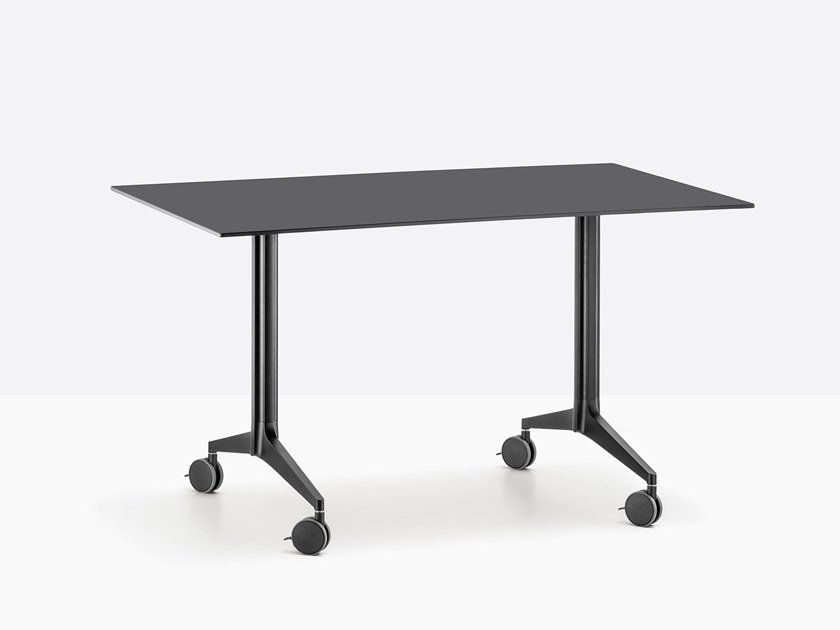 Folding rectangular metal table with casters YPSILON by PEDRALI