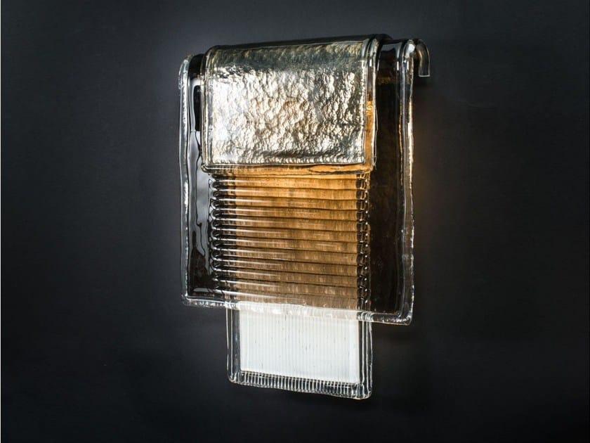 Applique in vetro di murano ysa by veronese design tristan auer