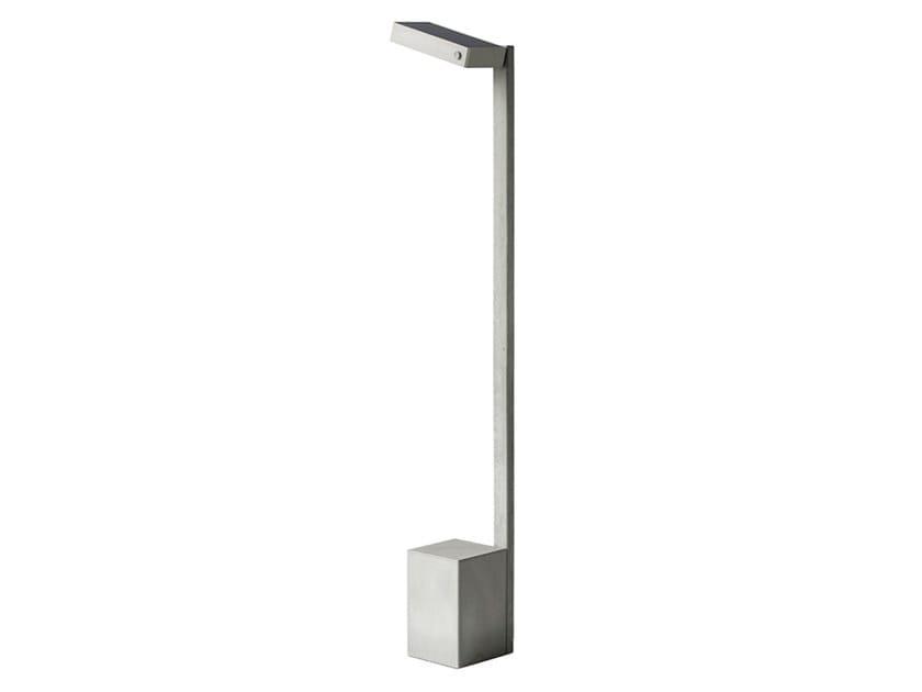Lampada da terra per esterno a LED in calcestruzzo YU by Bentu Design