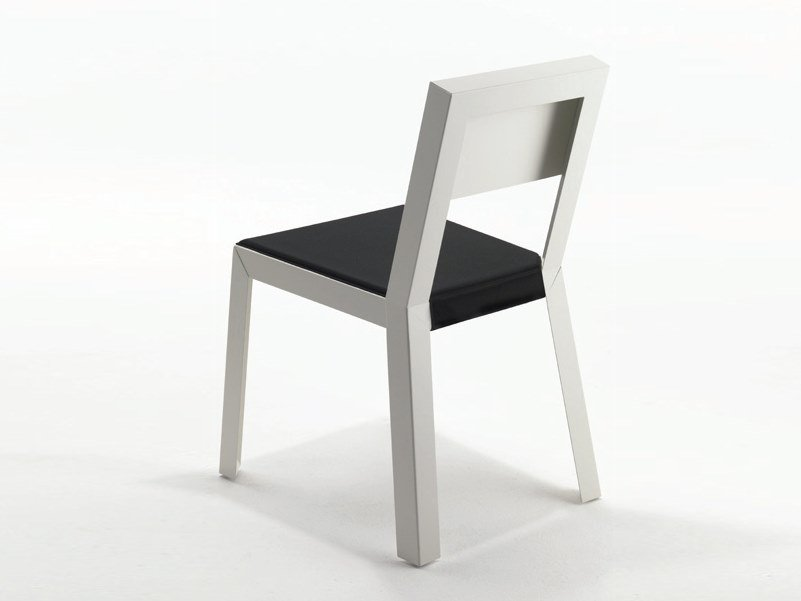 Plate chair with integrated cushion YU.YU | Chair with integrated cushion by Casprini