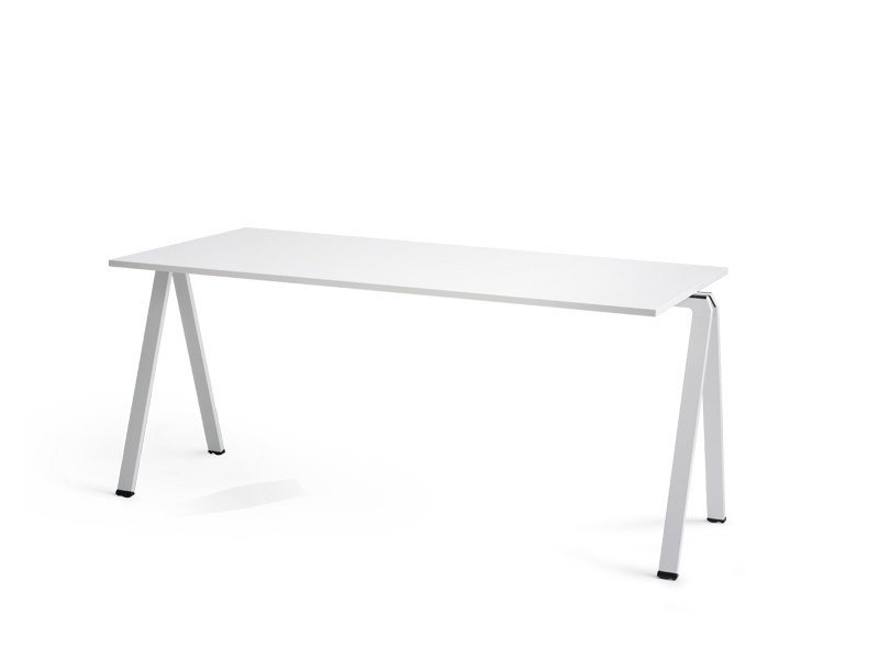 Stackable rectangular contract table YUNO by Wiesner-Hager