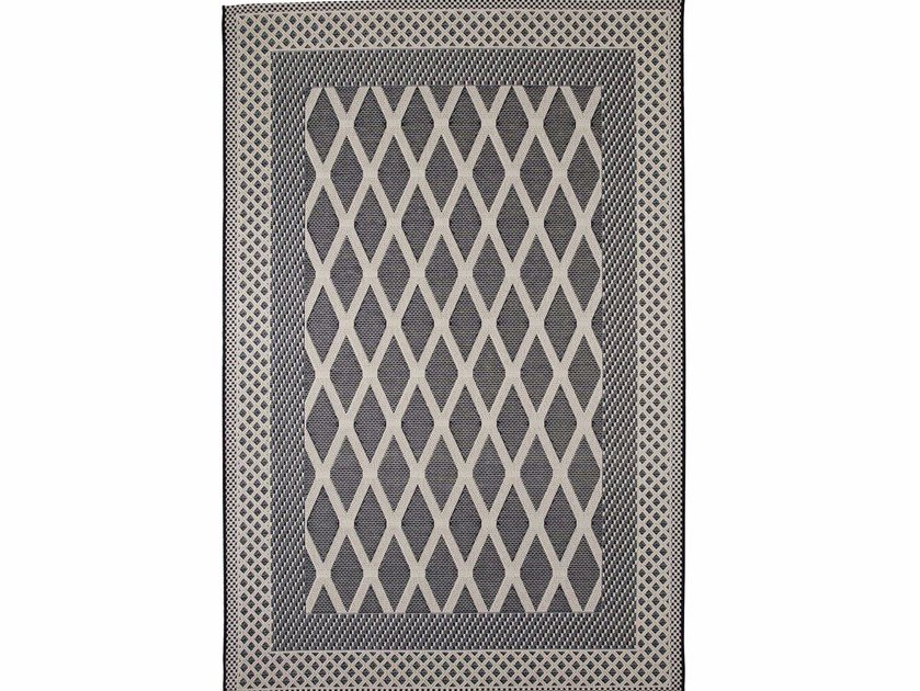 Rectangular outdoor rugs with geometric shapes ZOE ROMBI by Italy Dream Design