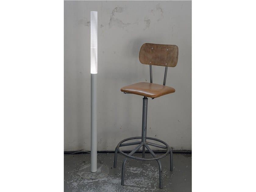 Lampada da terra a LED ZED | Lampada da terra by Kriladesign
