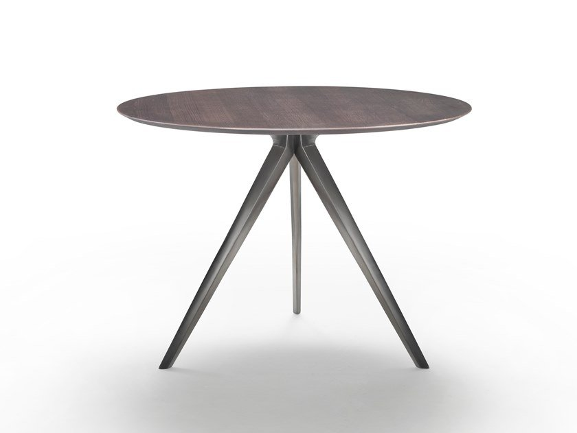 Round side table ZEFIRO | Coffee table by FLEXFORM