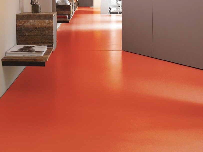 Continuous flooring ZN MARMO by Rezina