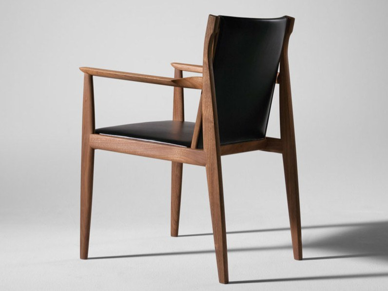 CLAUDE | Chair with armrests