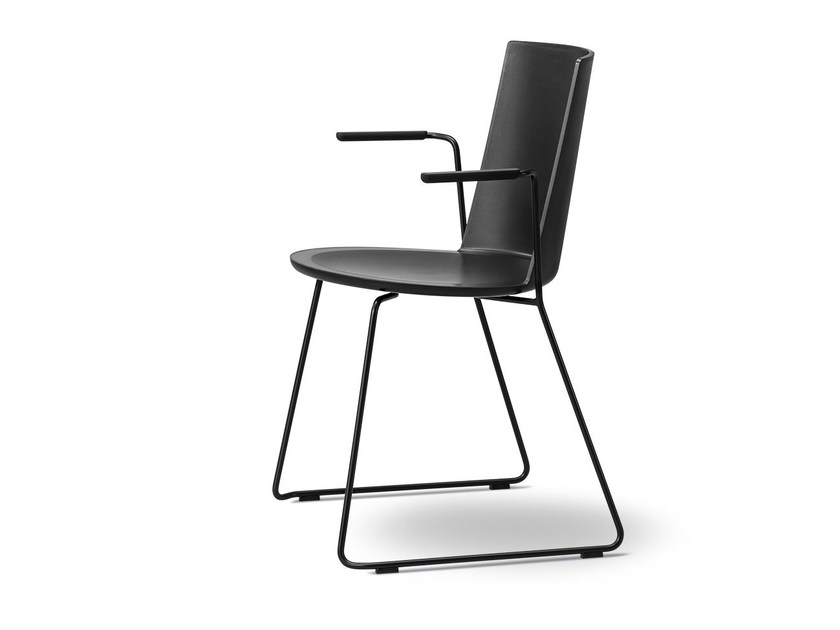 Sled base polypropylene chair with armrests ACME | Chair with armrests by FREDERICIA FURNITURE