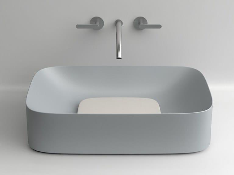 Lavabo da appoggio rettangolare singolo in ceramica ACQUERELLO | Lavabo rettangolare by Valdama