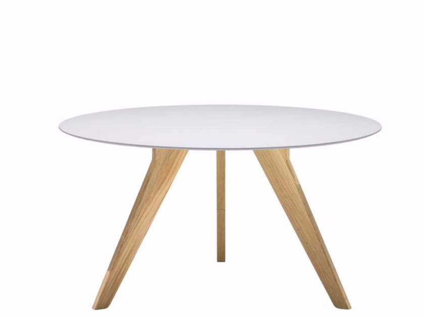 Lacquered round wooden table AGO - AG2 | Lacquered table by Alias