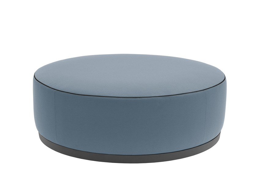 Upholstered round fabric pouf with casters AGORÀ | Pouf with casters by Segis