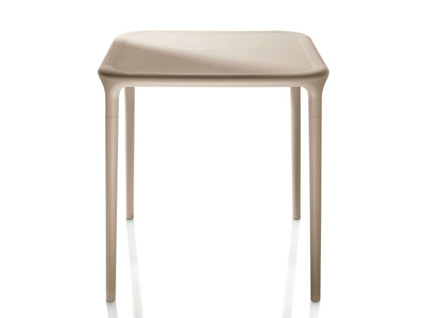 Square high side table AIR-TABLE   Square coffee table by Magis