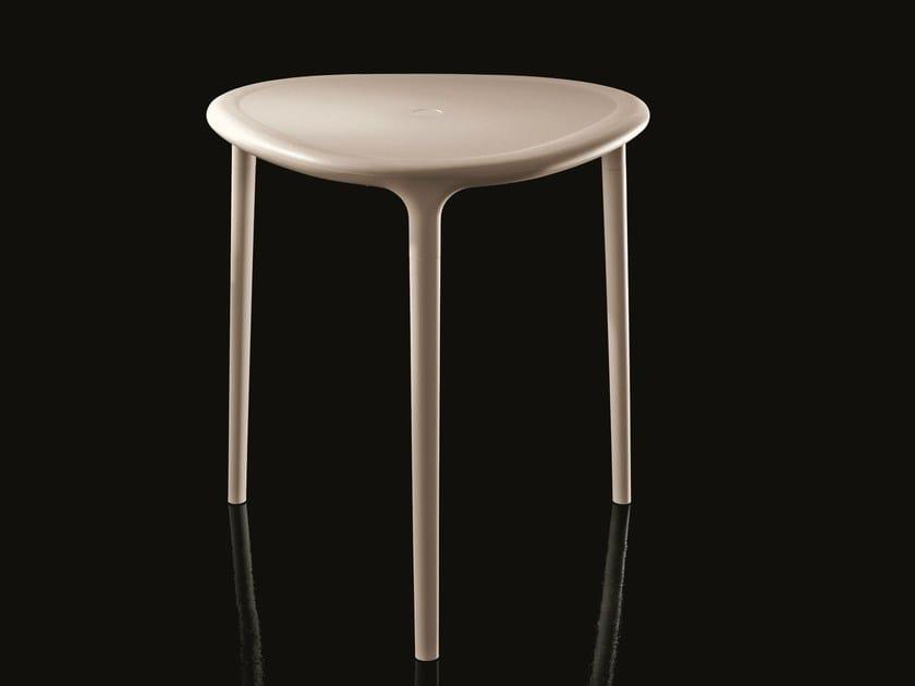 Triangular high side table AIR-TABLE | Triangular coffee table by Magis