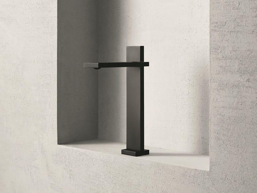 Miscelatore per lavabo da piano monocomando AK/25 | Miscelatore per lavabo monoforo by ABOUTWATER