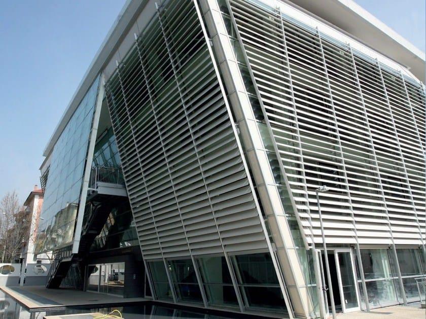 Motorized adjustable aluminium solar shading ALA by GATTI PRECORVI