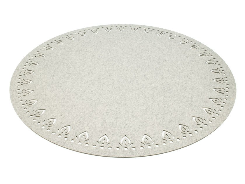 Solid-color round felt rug ALIMA | Round rug by HEY-SIGN