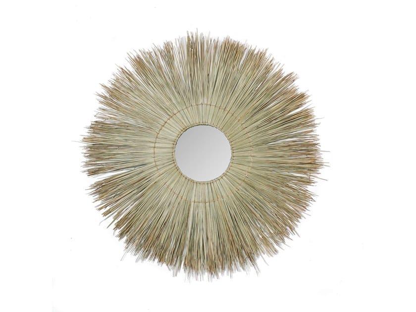 Round wall-mounted natural fibre mirror ALLANG ALLANG | Mirror by Bazar Bizar