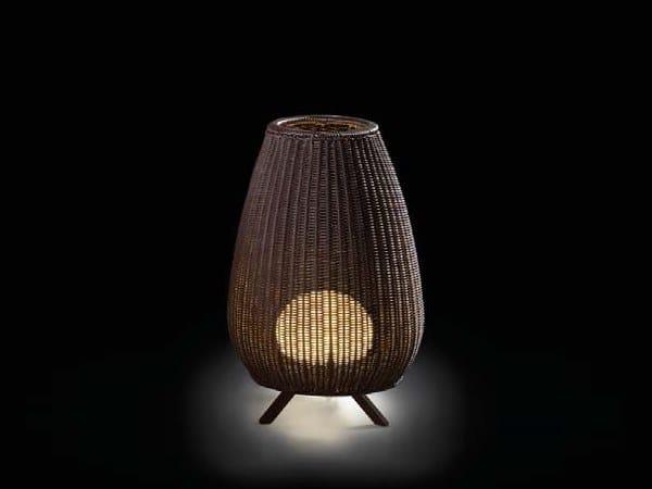 Lampada da terra per esterno a LED in fibra sintetica AMPHORA by BOVER