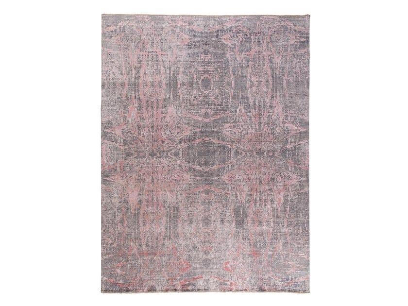 Handmade custom rug ANAMIKA PINK by Thibault Van Renne