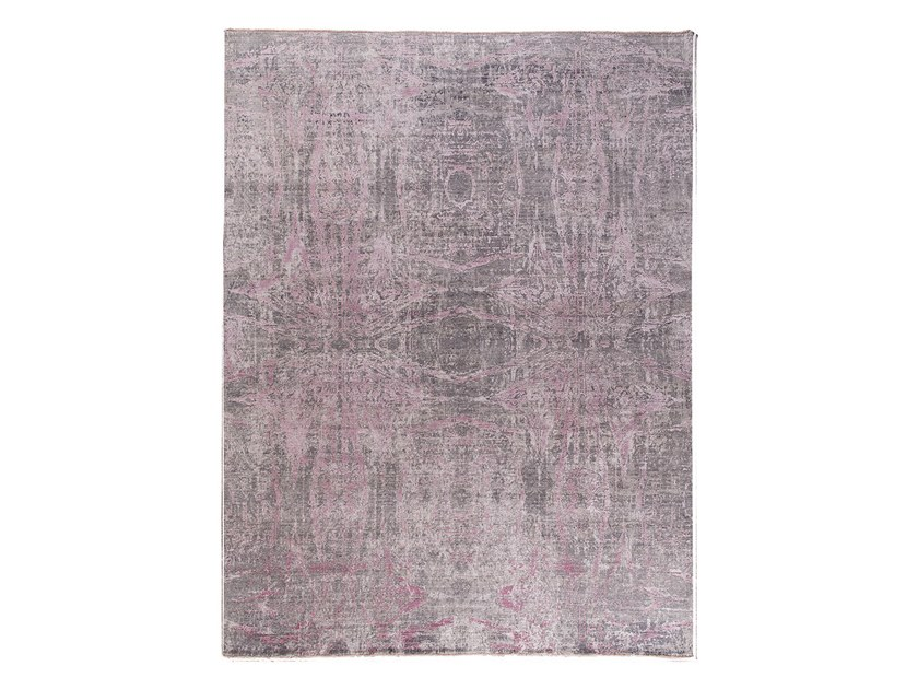 Handmade custom rug ANAMIKA PURPLE by Thibault Van Renne