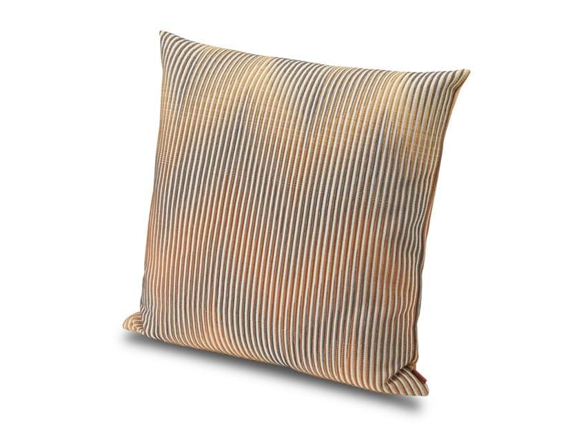 Cuscino in tessuto jacquard disegno chevron effetto optical ANDE by MissoniHome