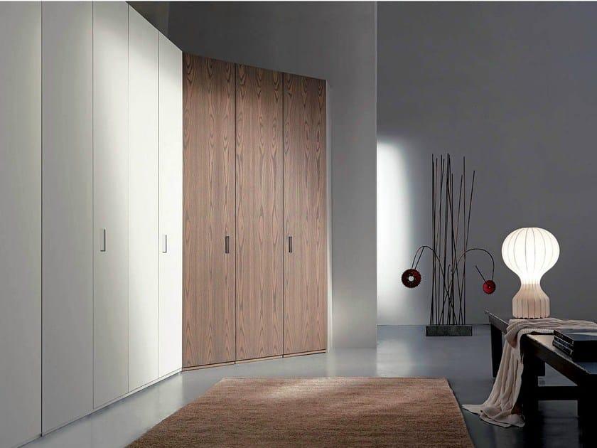Corner sectional wardrobe ANGOLO CABINA by Fimar