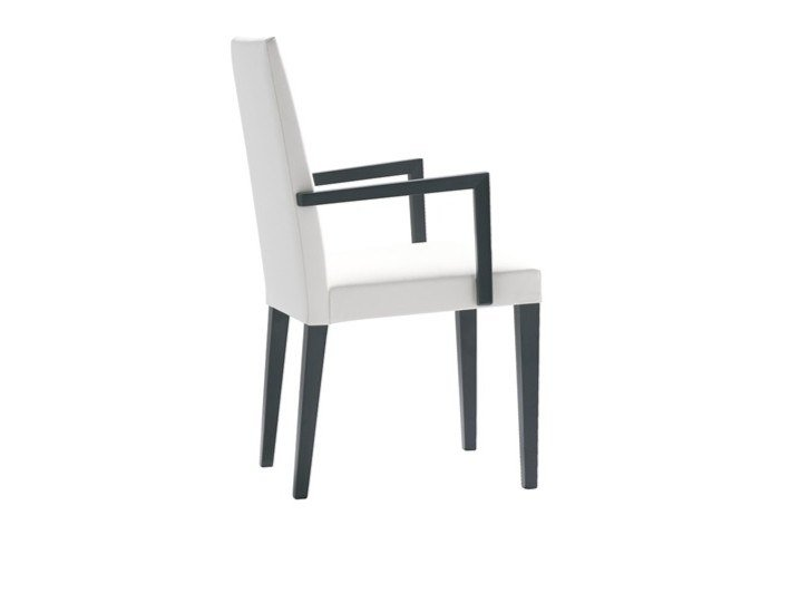 Upholstered fabric chair with armrests ANNA SO1371 by Andreu World