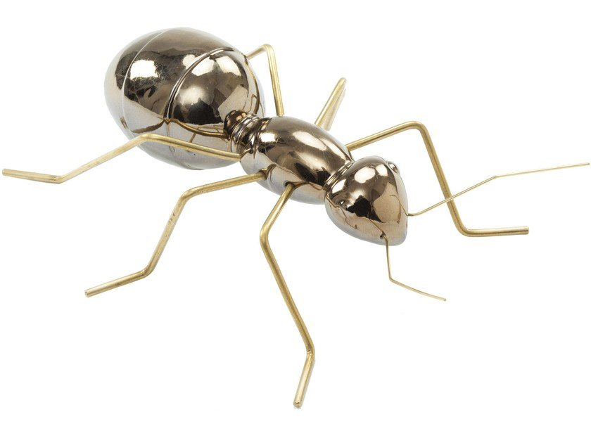 Contemporary style ceramic decorative object ANT Gold by Mambo Unlimited Ideas
