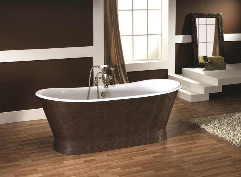 Freestanding oval tanned leather bathtub ANTICA HIDE by BLEU PROVENCE