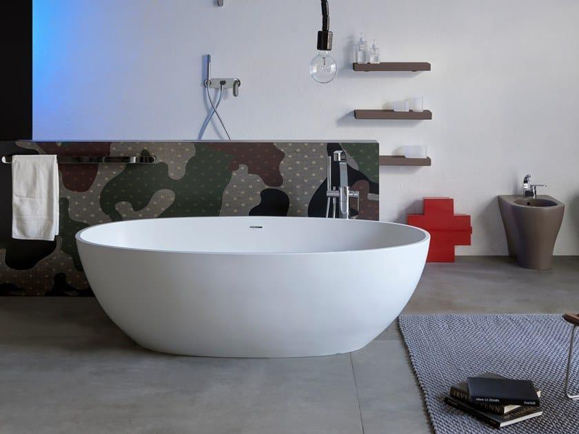 Freistehende ovale Badewanne aus Pietraluce® APP   Badewanne by Ceramica Flaminia