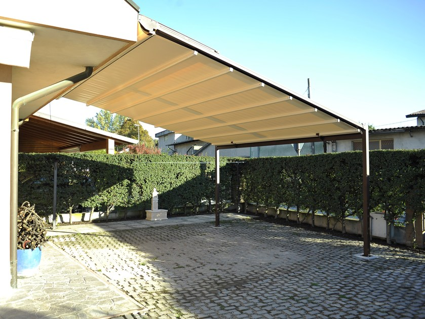 Wall-mounted pergola with sliding cover AR3 by Adami Teloni