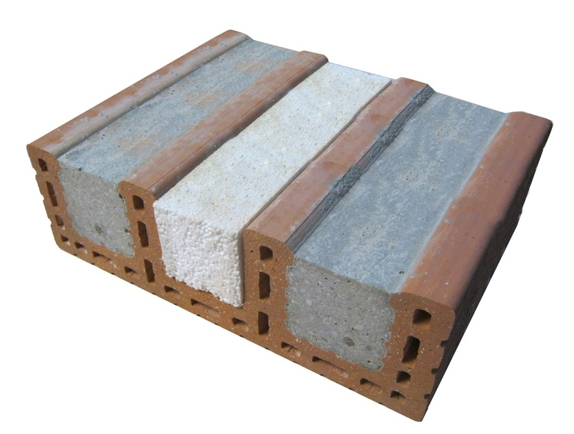Loadbearing clay block for reinforced masonry Architrave coibentato Porotherm by Wienerberger