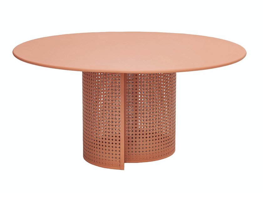 Round coffee table ARENA by iSimar