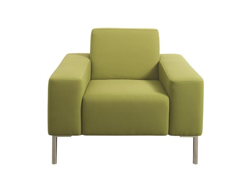 Sessel aus Stoff mit Armlehnen TUNE | Sessel by Casala