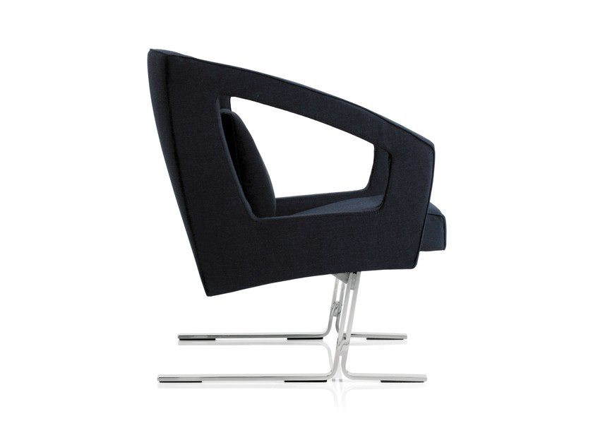 Armchair with armrests BUSINESS CLASS LOUNGE | Armchair by Emmegi