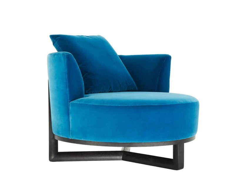 Fabric armchair with armrests YOUPI | Armchair by HC28