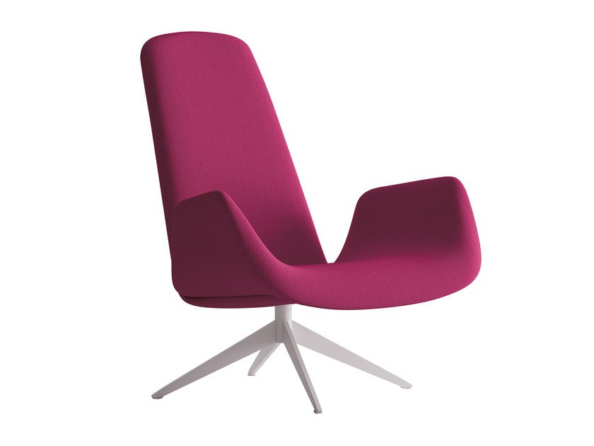 Armchair with 4-spoke base with armrests MYPLACE | Armchair with armrests by La Cividina