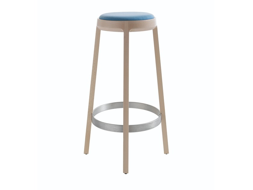High stool with integrated cushion ARO 699 by Capdell