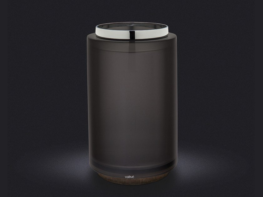 Resin bathroom waste bin ARO | Bathroom waste bin by Vallvé