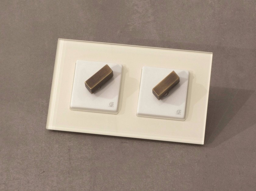 Electrical socket ARREDA SQUARE - 8 by GI Gambarelli
