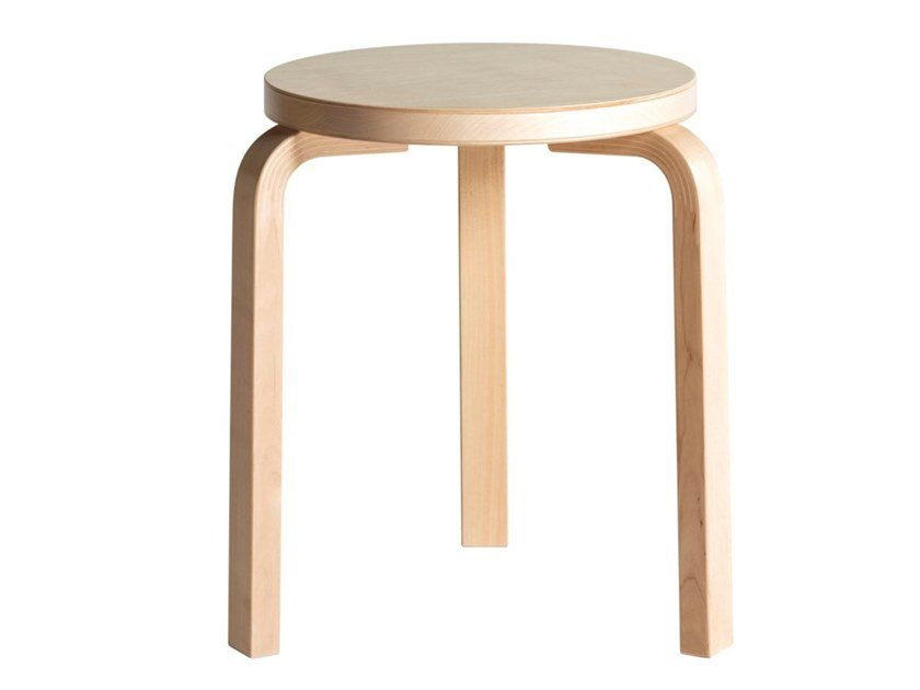 Low stackable birch stool ARTEK - 60 Birch by Archiproducts.com