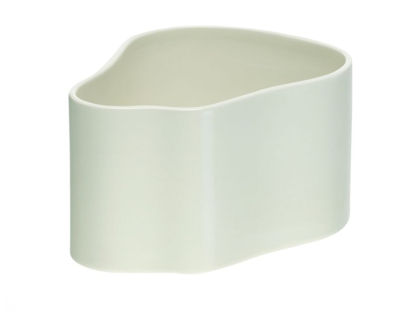 Ceramic plant pot ARTEK - RIIHITIE A Small white by Archiproducts.com