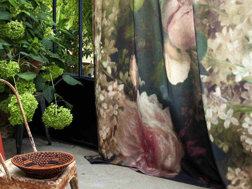 Fire retardant sheer fabric with floral pattern ARTEMIS by Élitis