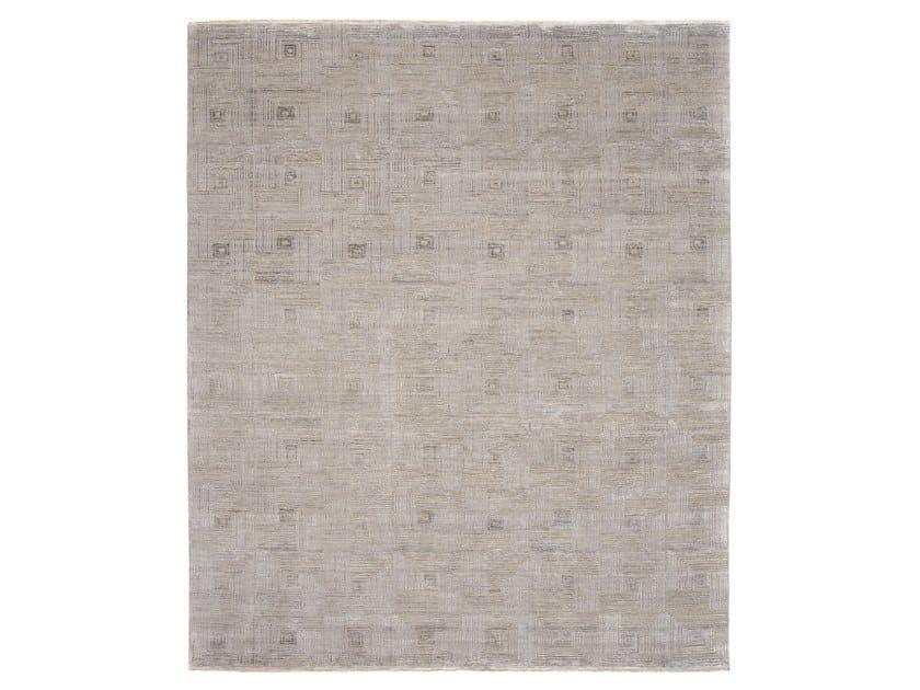 Handmade custom rug ARTLINE G1 - P1-P4 by Thibault Van Renne