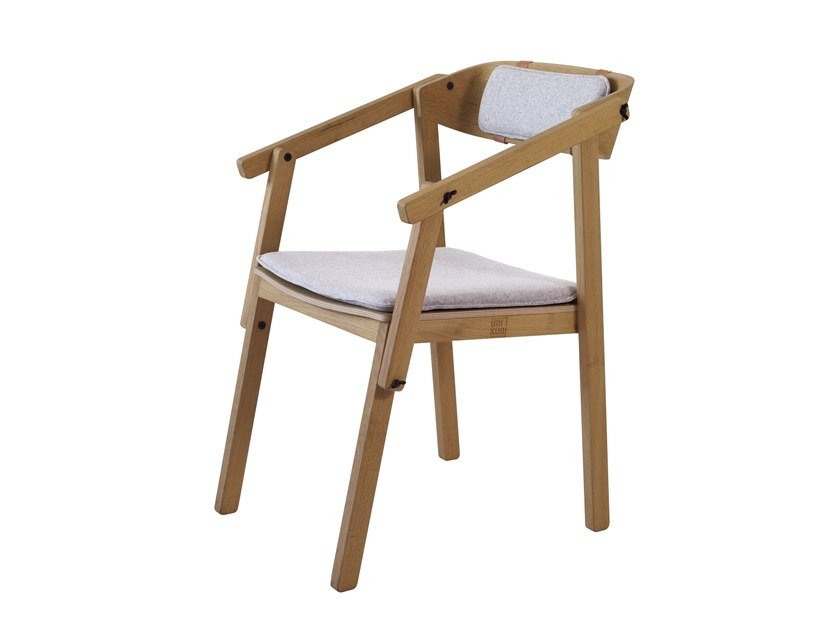 Oak chair with integrated cushion ATELIER | Open back chair by UBIKUBI