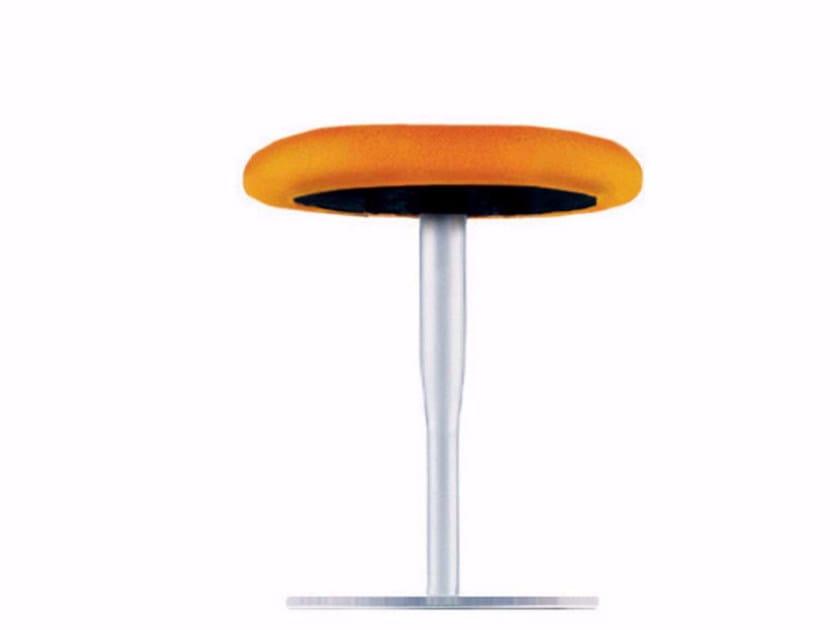 Low swivel stool ATLAS STOOL - 750 by Alias
