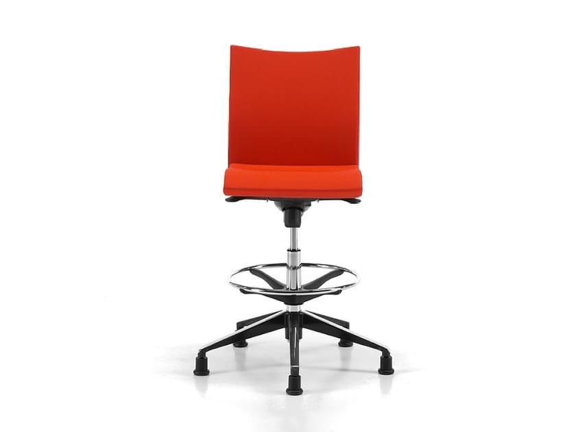 Ergonomic fabric drafting stool with 5-Spoke base AVIAMID 3598 by TALIN